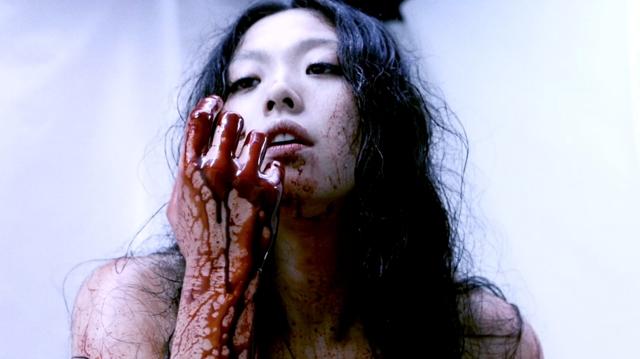 Kurando Mitsutake,Gun Woman 2