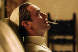 the young pope cine divergente
