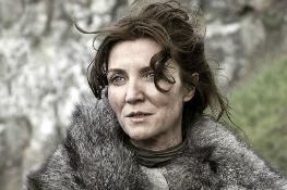 Catelyn Stark cine divergente