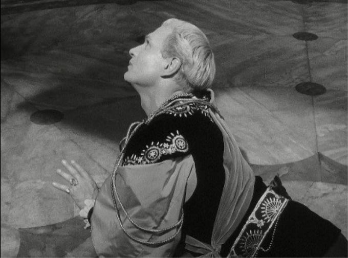 Hamlet 18
