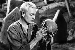 Hamlet cine divergente
